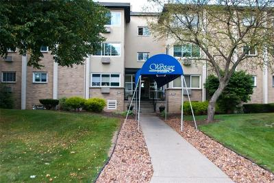 Orleans County, Monroe County, Niagara County, Erie County Condo/Townhouse A-Active: 904 Westage At The