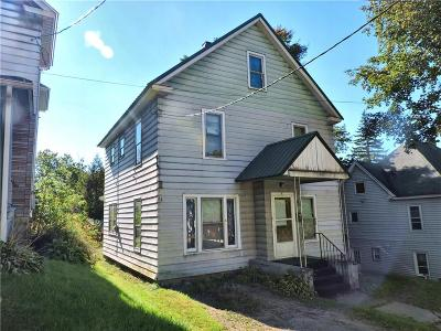 Single Family Home Sold: 8 Pullman Street