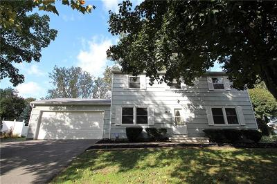 Webster Single Family Home A-Active: 1428 Chigwell Lane North