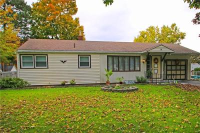 Monroe County Single Family Home C-Continue Show: 52 Shorecliff Drive