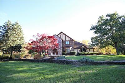 Monroe County Single Family Home A-Active: 5 Cardinal Forest Lane