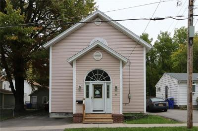 Monroe County Single Family Home U-Under Contract: 61 Perry Street
