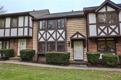 Penfield Condo/Townhouse A-Active: 125 New Wickham Drive