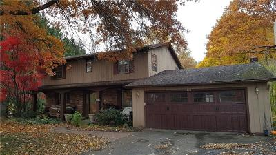 Penfield Single Family Home C-Continue Show: 161 Timber Brook Lane