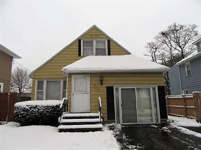 Single Family Home Sold: 289 Avery Street