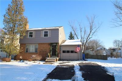 Rochester Single Family Home A-Active: 250 Yarmouth Road