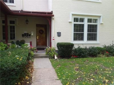 Canandaigua, Canandaigua-city, Canandaigua-town Condo/Townhouse A-Active: 125 Grove Drive 4a
