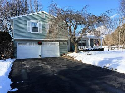 Monroe County Single Family Home A-Active: 31 Bishopgate Drive