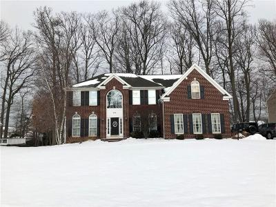 Webster Single Family Home A-Active: 540 Deer Haven Drive