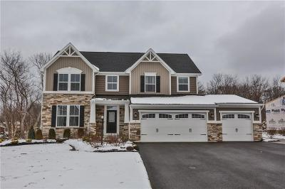 Penfield Single Family Home C-Continue Show: 3 Stoneledge Way