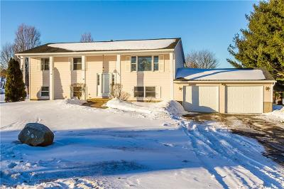 Ontario Single Family Home U-Under Contract: 707 Whitney Road