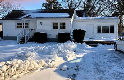 Webster Single Family Home C-Continue Show: 36 Martin Street