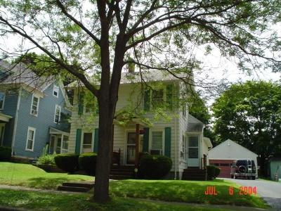 Multi Family 2-4 A-Active: 104 Catlin Avenue
