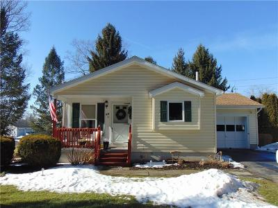 Single Family Home A-Active: 18 Spruce Acres