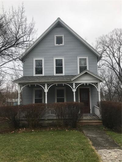 Single Family Home U-Under Contract: 45 Spring Street