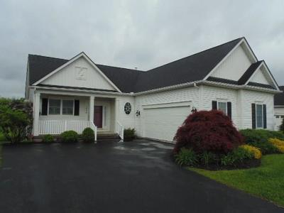 Canandaigua, Canandaigua-city, Canandaigua-town Single Family Home A-Active: 3898 Chatham Lane
