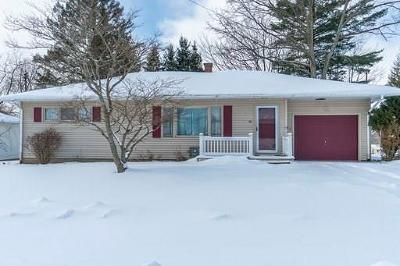 Jamestown Single Family Home C-Continue Show: 60 Roland Road
