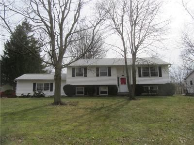 Pittsford Single Family Home U-Under Contract: 103 Parkmeadow Drive