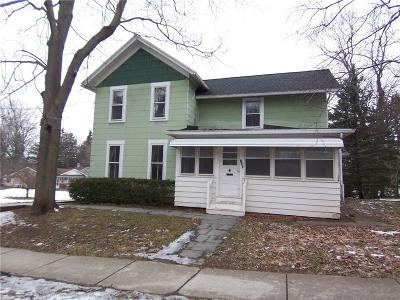 Palmyra Single Family Home C-Continue Show: 149 West Foster Street