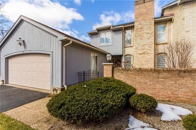 Pittsford Condo/Townhouse A-Active: 10 Tobey Court