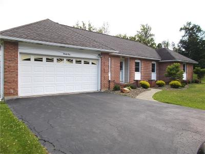 Single Family Home A-Active: 21 Rosalyn Court
