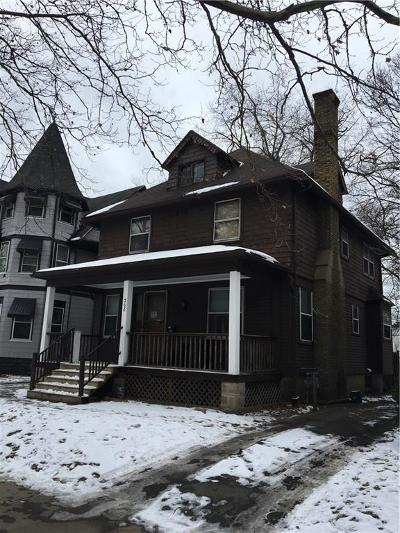 Multi Family 2-4 A-Active: 368 Grand Avenue
