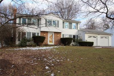 Penfield Single Family Home C-Continue Show: 14 Hilltop Drive