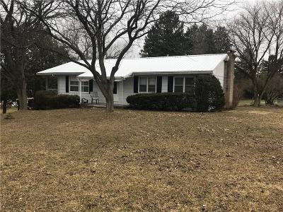 Single Family Home A-Active: 8746 Weedsport Sennett Road