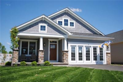 Canandaigua, Canandaigua-city, Canandaigua-town Single Family Home For Sale: 20 Thompson Lane