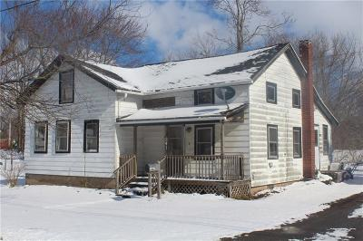 Single Family Home A-Active: 241 East Bank Street