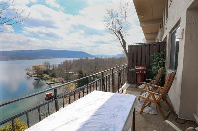 Condo/Townhouse A-Active: 7 Cliffside Drive