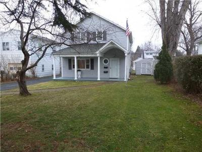 Rochester Single Family Home A-Active: 32 Frontenac Heights