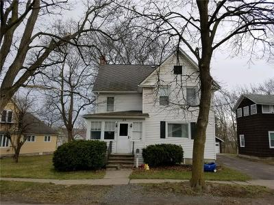 Single Family Home U-Under Contract: 113 Henry Street