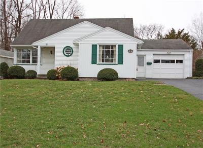 Rochester Single Family Home U-Under Contract: 33 Meadowwood Road