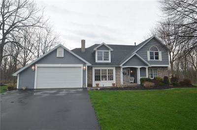 Spencerport NY Single Family Home A-Active: $274,900