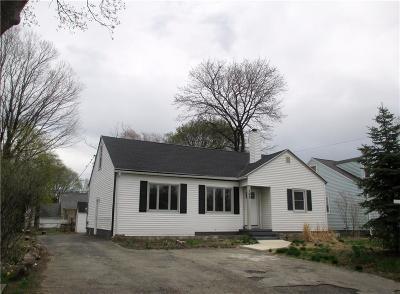 Rochester Single Family Home A-Active: 162 Nantucket Road
