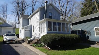 Palmyra Single Family Home U-Under Contract: 134 Canal Street