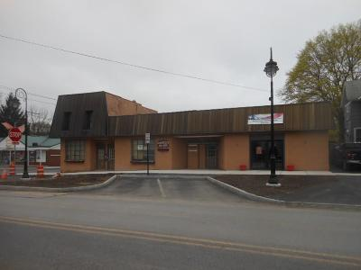 Commercial A-Active: 633 South Main Street