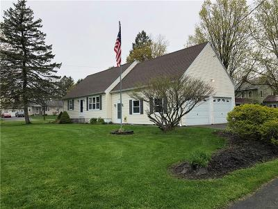Phelps Single Family Home U-Under Contract: 3 Kathlyn Avenue