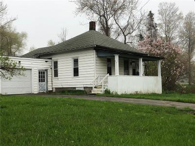 Single Family Home For Sale: 105 West Avenue