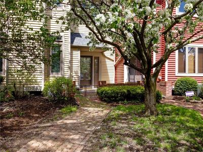 Rochester Condo/Townhouse U-Under Contract: 26 Cornhill Place
