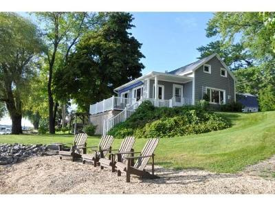 Single Family Home A-Active: 5873 Wayne's Point