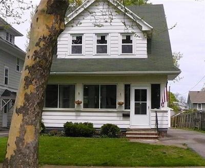 Rochester Single Family Home For Sale: 66 Westchester Avenue
