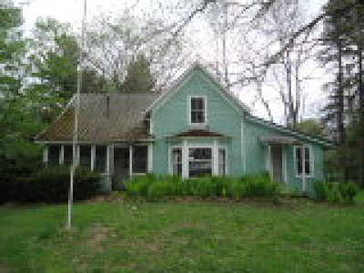 Castile Single Family Home For Sale: Country Club Extension