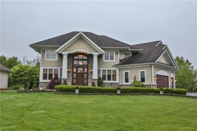 Perinton Single Family Home For Sale: 5 Brunson Way
