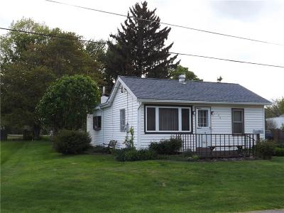 Albion Single Family Home A-Active: 126 Knapp Street