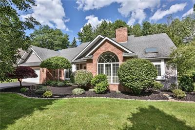 Penfield Single Family Home For Sale: 20 Woodfield Drive