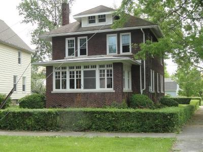 Single Family Home For Sale: 49 W 7th Street