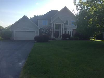 Penfield Single Family Home For Sale: 5 Thomas Maria Circle