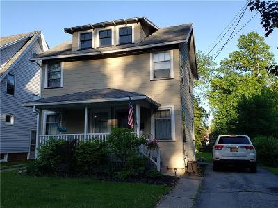 Genesee County Single Family Home For Sale: 14 Woodrow Road